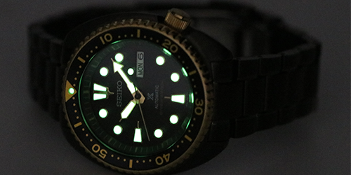 The Seiko automatic dive watch and its glow in the dark feature