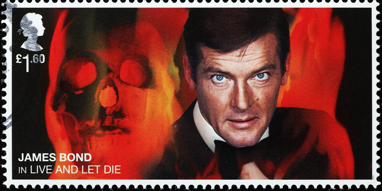 roger moore contributed to pulsar led watch history in James Bond