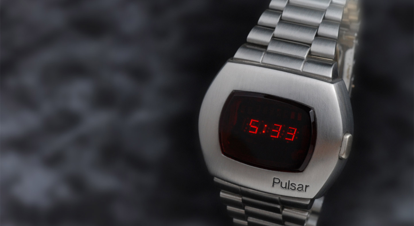 pulsar led watch history: the first smart watch